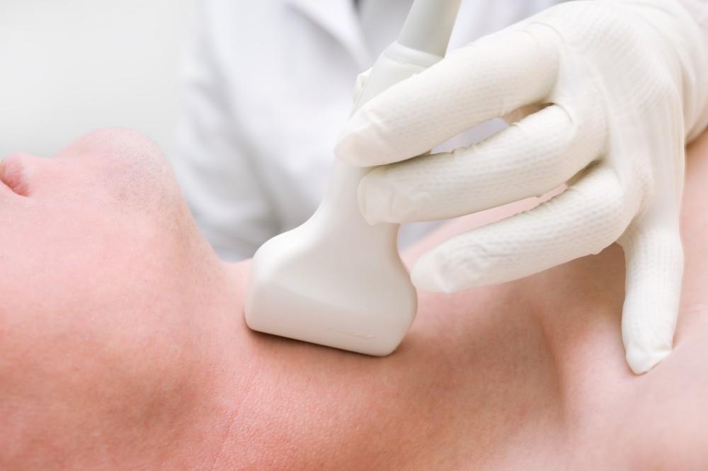 cancer malign glanda tiroida virusi oncogeni