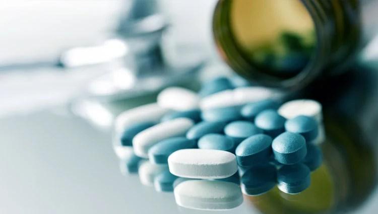 nitazoxanida contra oxiuros cancer testicular operacion